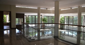 Ayala Alabang – Beautiful House for Lease