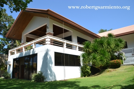 Tali Beach House for Sale | Robert G  Sarmiento